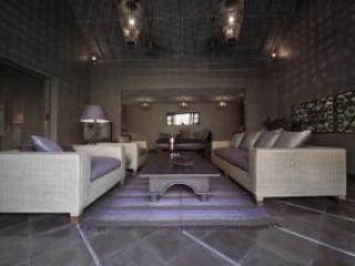 Living room  resize - Villa Barissan - 3-bedroom villa in Seminyak - Seminyak - rentals