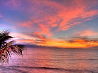 A SECRET GEM...Gorgeous Corner Maui Kai 301 - Lahaina vacation rentals
