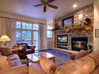 Great Room queen sleeper sofa. - Best Location in Keystone! Heated Pool!  Hot Tub! - Keystone - rentals