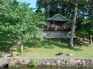Sunset Cottage - One Story Home, Sloping Lot and Spacious Lake Views. 34MM Osage Arm (Harts Hollow) - Sunrise Beach vacation rentals
