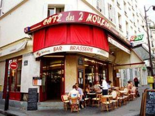 Montmartre Apartment - Paris At Your Doorstep - Paris vacation rentals