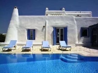Villa Cavo Alefkandra comfortable economical 12p. - Mykonos vacation rentals