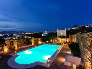 Top rated by Conde Nast Traveler, Villa Hurmuses offers sea views, chic pool & staff - Megali Ammos vacation rentals