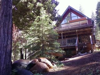 Lake Almanor Lake Front Home - Peninsula Village vacation rentals