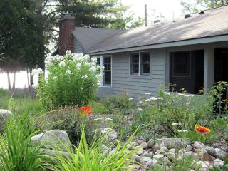 Cozy Cottage, Traverse City, Michigan, USA - Traverse City vacation rentals