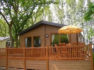 York Holiday Lodges - Luxury Log Cabins + Hot Tub - North Yorkshire vacation rentals