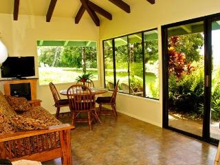 Maui Dream Cottage, Enjoy Maui for $140 Per Night - Haiku vacation rentals