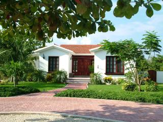 Colonial Mexico in the Heart of the Caribbean - Akumal vacation rentals