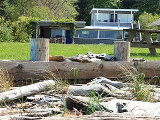182- Maxwelton Beach House, 7604 - Clinton vacation rentals