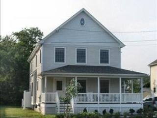Wonderful 4 Bedroom/3 Bathroom House in Cape May (94484) - Image 1 - Cape May - rentals