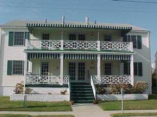 Fabulous House with 2 BR/1 BA in Cape May (Suites of Jefferson 53377) - Jersey Shore vacation rentals