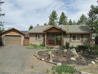 Conifer Cottage- Quiet location, walk into Ponderosa State Park & Beach - McCall vacation rentals