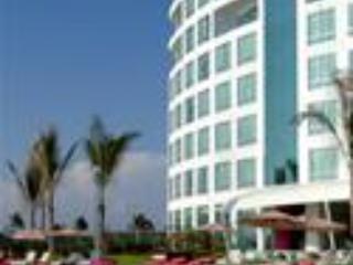 Crowne Plaza Oceanfront building - Ocean Paradise - Mazatlan - rentals