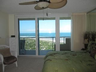 On the BEACH!! - Port Orange vacation rentals