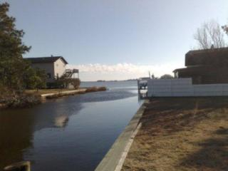 Water Property - Sleeps 12, 2 Bath, Fab Kitchen - Chincoteague Island vacation rentals