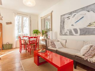 Le Caulaincourt - Country charm at Montmartre - Paris vacation rentals