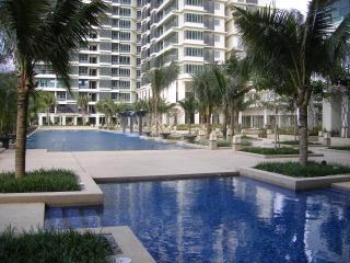 Luxury 3 bed apartment. Subang Jaya. Kuala Lumpur - Kuala Lumpur vacation rentals
