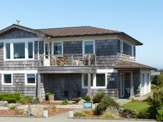 A Seaview Townhouse at Coquille Point  Condos - Bandon vacation rentals