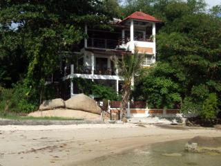 EAST 100, Private  Beach Villa on Lamai Beach - Koh Samui vacation rentals
