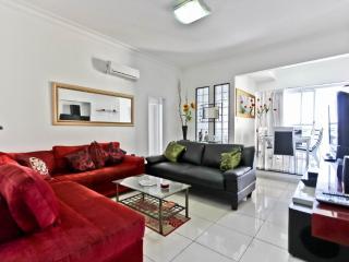 COPACABANA - 2 Bedrooms Apartment & Veranda Copa - Rio de Janeiro vacation rentals