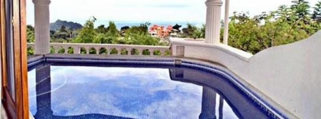 Take a refreshing dip in the plunge pool and enjoy the spectacular ocean view - Casa Sandra: Spectacular Views Quality Furnishings - Manuel Antonio National Park - rentals