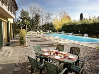 Residence Griante Apartment 4 - Oliveto Lario vacation rentals