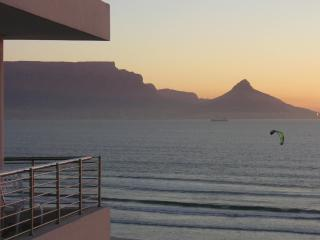 Cape Town Beachfront with the most AMAZING VIEWS! - Cape Town vacation rentals