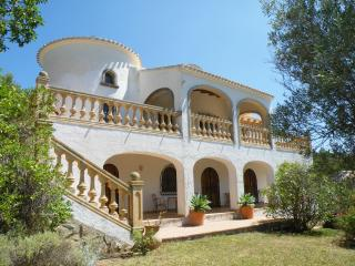Lagardina, Javea, Cost Blanca-sleeps 2-10 - Gandia vacation rentals