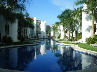 Fantastic, Bright & Spacious 3BR Condo - Ixtapa - Ixtapa vacation rentals