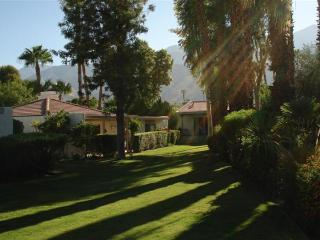 Famous Palm Springs Condo - Palm Springs vacation rentals
