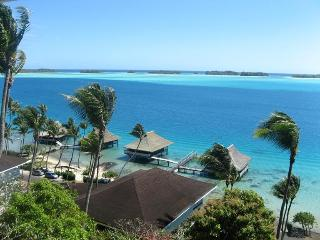 BEAUTIFUL LAGOONFRONT VILLA IN BORA BORA - Society Islands vacation rentals