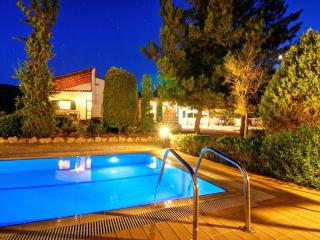 Villa Metochi - Rustic Ambiance & Comfort - Rethymnon vacation rentals