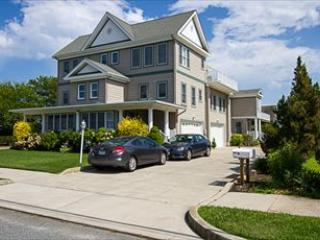 Property 6012 - Amazing Condo with 3 BR-3 BA in Cape May (6012) - Cape May - rentals