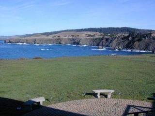 Edge of the Sea -  on the ocean  near Mendocino - Mendocino vacation rentals
