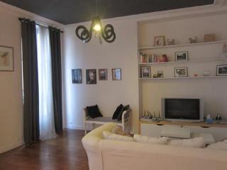 Two bedroom Paris Apartment located in Marais - Paris vacation rentals