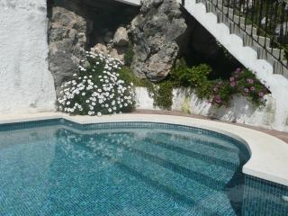 Casa Beni - gorgeous views down valley to the sea - Benamocarra vacation rentals