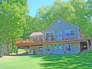 VACATIONLAND - Town of Hope - Hobbs Pond - Northport vacation rentals