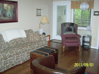 Living Room with Gas Fireplace (seasonal) - Gatlinburg Chateau - 2 Bedroom Condo (108) - Gatlinburg - rentals