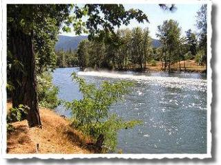 Rustic Cabins on the Rogue River ~ Fully stocked! - Medford vacation rentals