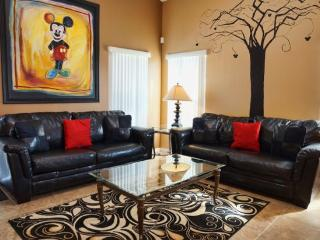 Mickey's Paradise ***BOOK ONLINE NOW*** - Davenport vacation rentals