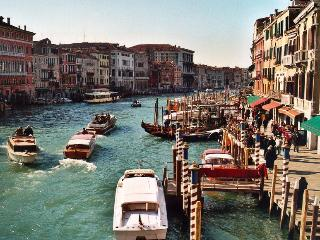 Venice on the Grand Canal - Marche vacation rentals