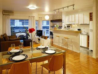 15% OFF. LMO  Elegant Recoleta Apart 1 Br 1.5 Bth - Capital Federal District vacation rentals