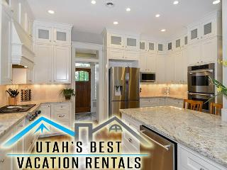 10+ Dwntwn Mansion! 4 Levels+Slp 20+Gm Rm+2 Decks - Salt Lake City vacation rentals