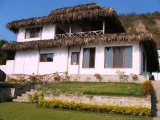 Beach House in front of the sea in Ecuador !!!!! - Guayas Province vacation rentals