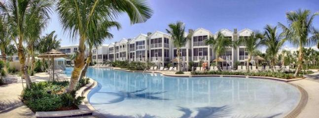 The Oasis Pool Zero Entry Paradise - Villa 132 Mariner's Club Resort - 2 BR Marina View - Key Largo - rentals