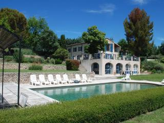 Heavenly house in Luberon, Provence, France. Pool, tennis. - Alpes de Haute-Provence vacation rentals
