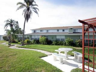 Hideaway Cove - All units - Bradenton Beach vacation rentals