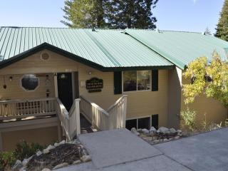 Yosemite's Top of the Pines - Yosemite National Park vacation rentals