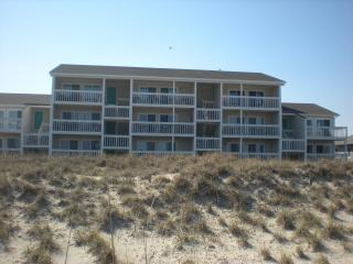 Oceanfront Fun at Coral Surf - Carolina Beach, NC - Carolina Beach vacation rentals