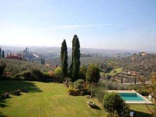 Villa Da Vinci for 10 - San Baronto vacation rentals